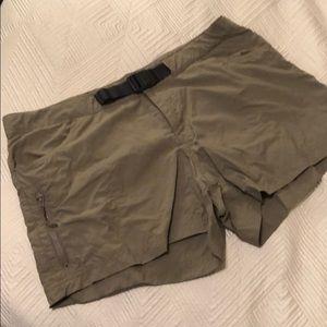 Columbia Shorts EUC